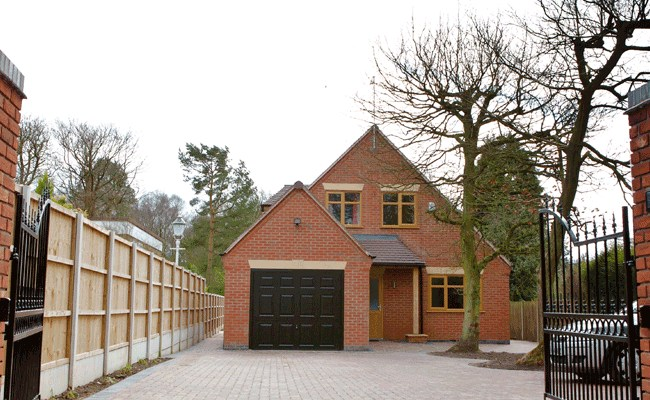 New Build House, Meir Heath